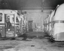 chicago-cta-bus-garage-5800-w-95th-street-interior-buses-parked-1953  chuckman's photos