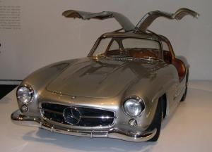1955_Mercedes-Benz_300SL_Gullwing_Coupe_34