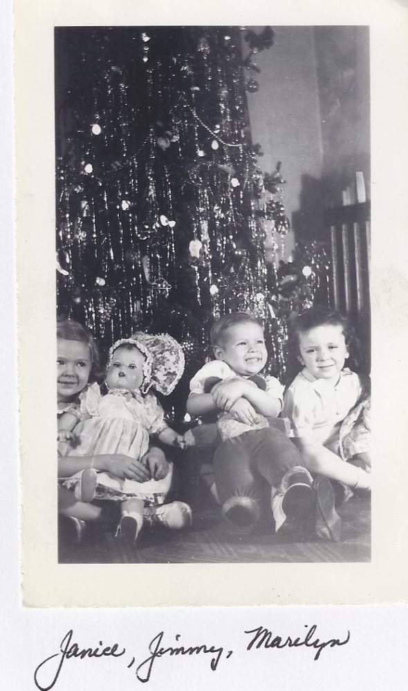 """""""IT'S CHRISTMAS TIME IN THE CITY..."""" 1963 (1/6)"""