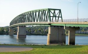 ohio river bridge 800px-Williamstown_Bridge_WV