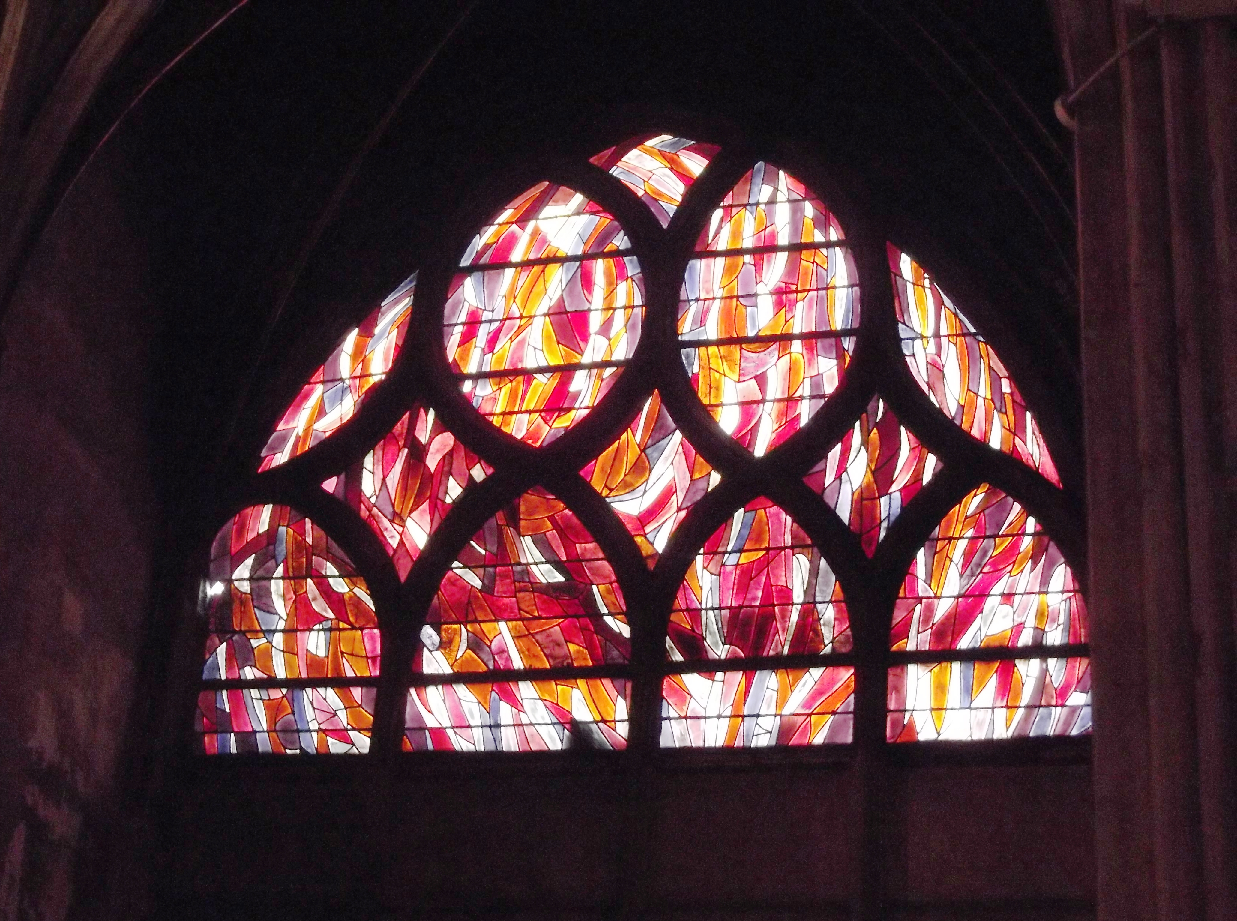 Glass in Saint- Severin by Jean René Bazaine 1970.JPG