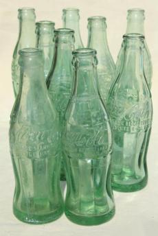 coca cola bottles 1940s.jpg